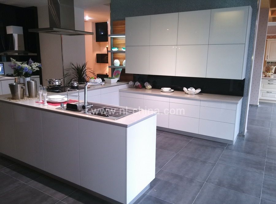 Best White Painting Kitchen Designs With BLUM Cabinets